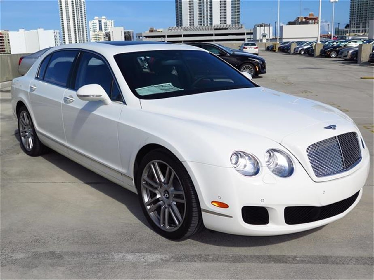 2013 BENTLEY CONTINENTAL FLYING SPUR 4dr Sdn 152 miles 4-spoke monotone leather trimmed steering w
