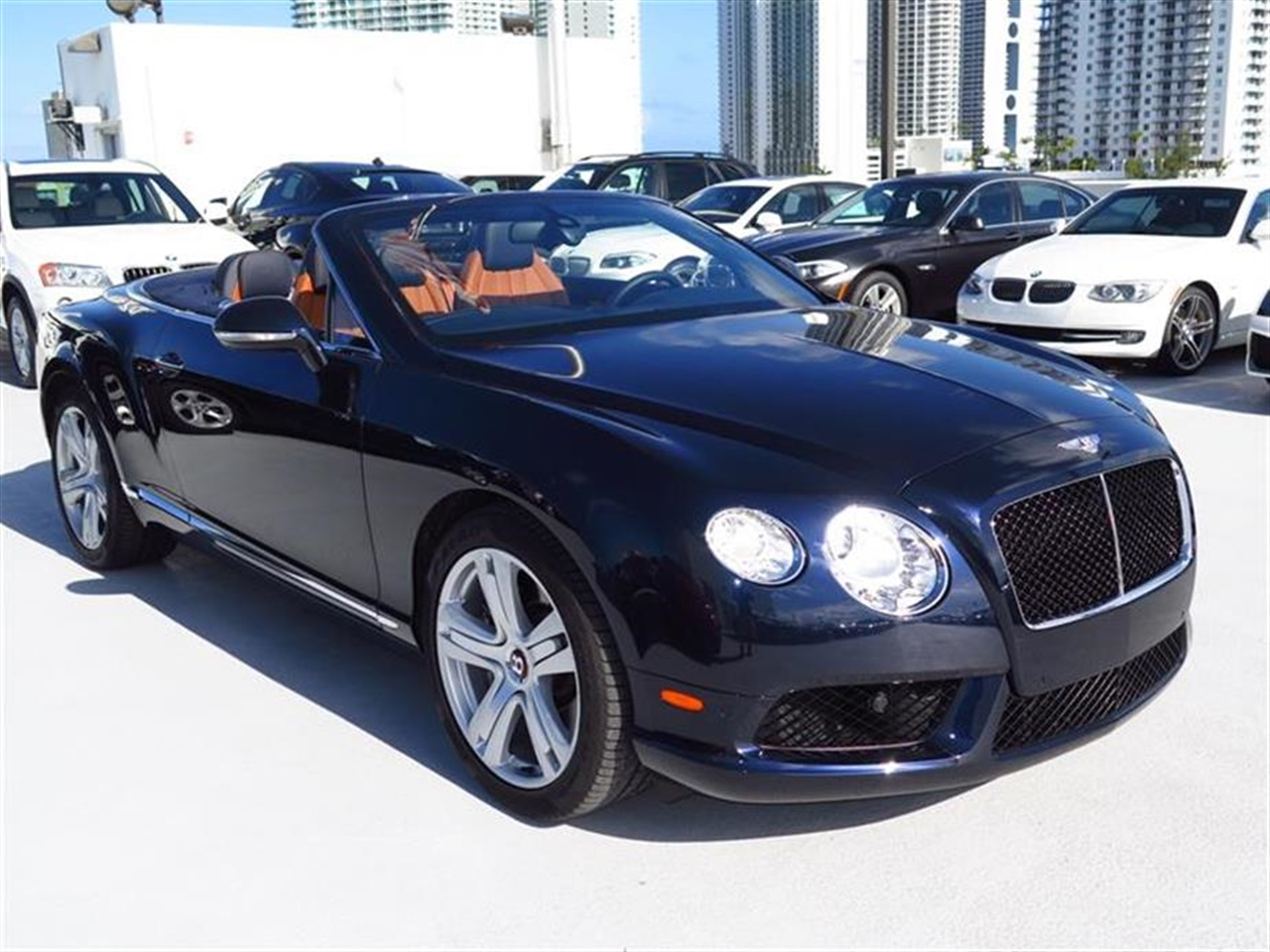 2013 BENTLEY CONTINENTAL GTC 2dr Conv 2967 miles 3-spoke monotone leather trimmed steering wheel