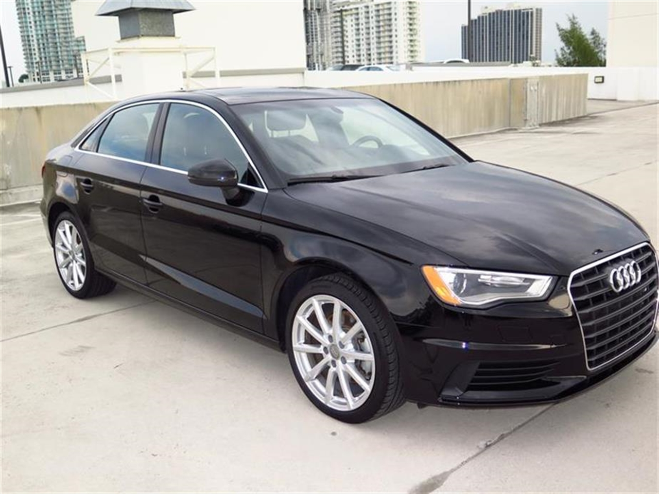 2015 AUDI  4dr Sdn FWD 18T Premium Plus 10 miles 1 12V DC Power Outlet 5 Person Seating Capacity