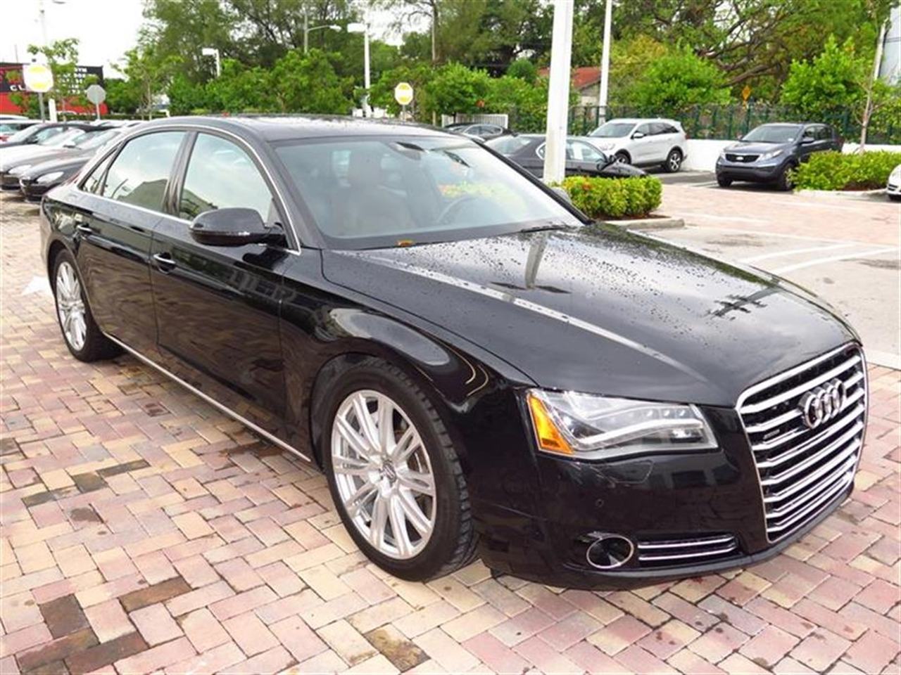 2011 AUDI A8 4dr Sdn 38446 miles 4 assist handles wslow retraction feature 4 tie-down eyele