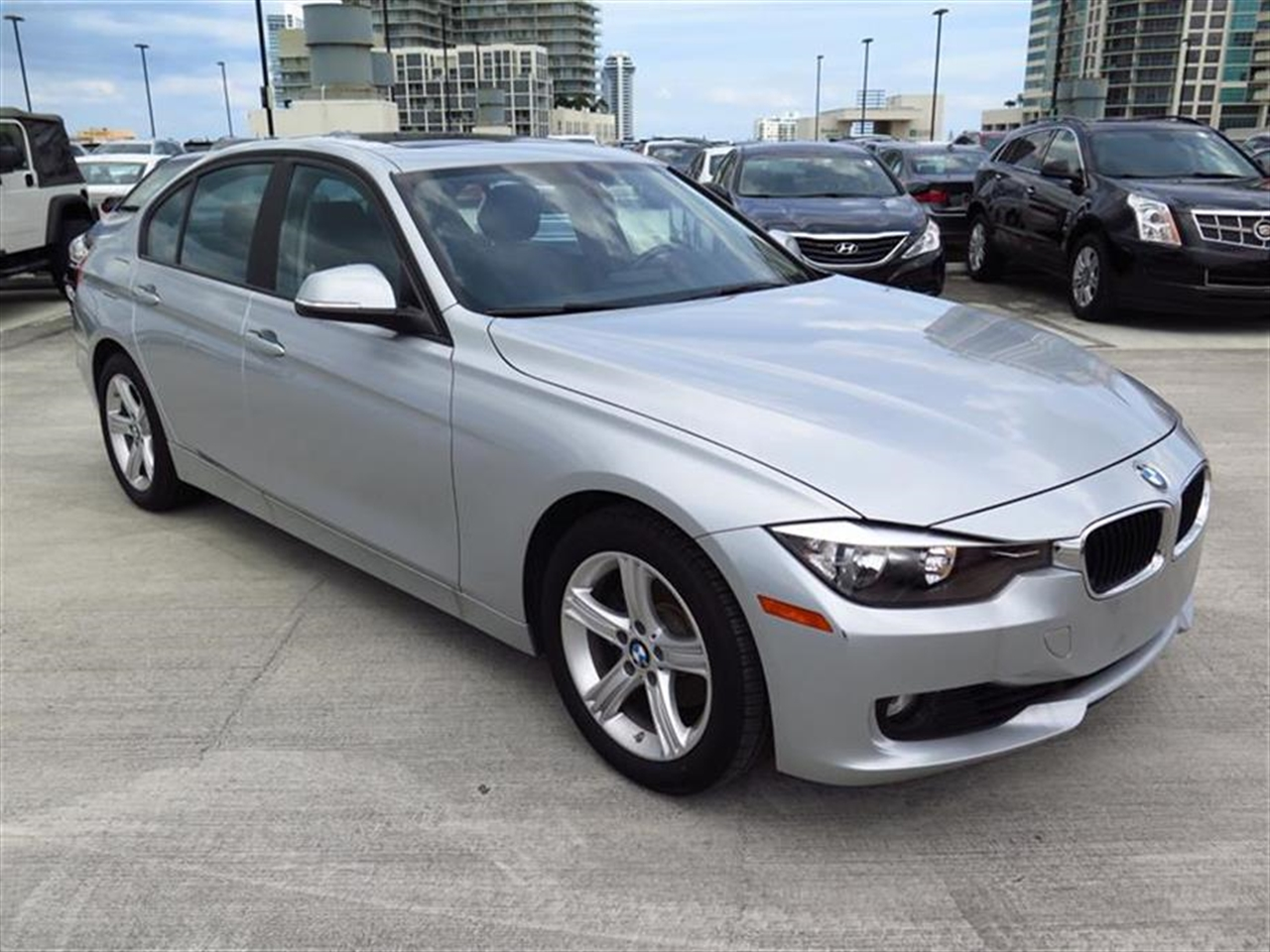 2013 BMW 3 SERIES 4dr Sdn 328i RWD 17793 miles 2-way headrests with active head restraints 3-spo