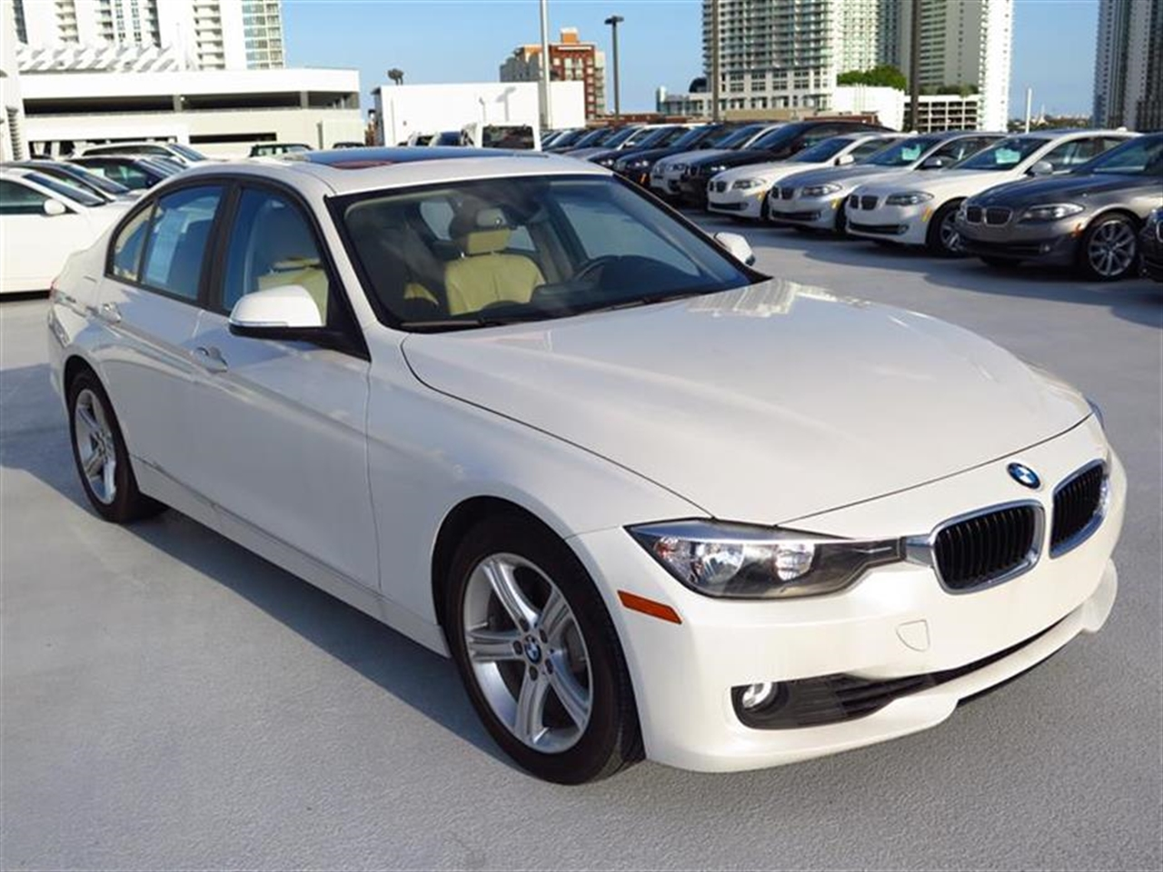 2013 BMW 3 SERIES 4dr Sdn 328i RWD 16330 miles 2-way headrests with active head restraints 3-spo