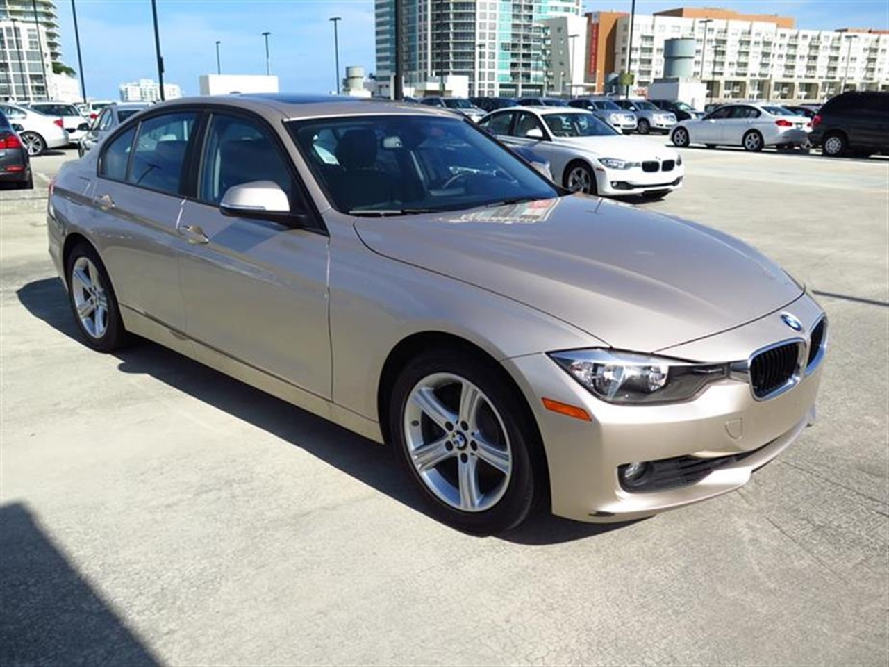 2013 BMW 3 SERIES 4dr Sdn 328i RWD 19723 miles 2-way headrests with active head restraints 3-spo