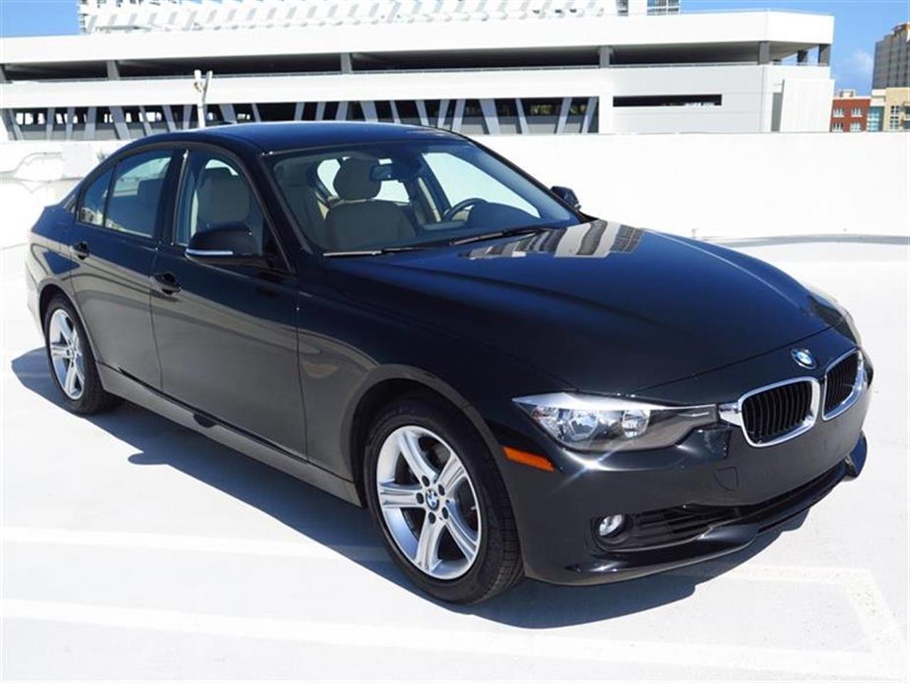 2015 BMW 3 SERIES 4dr Sdn 328i RWD 8234 miles 2 Seatback Storage Pockets 4 12V DC Power Outlets