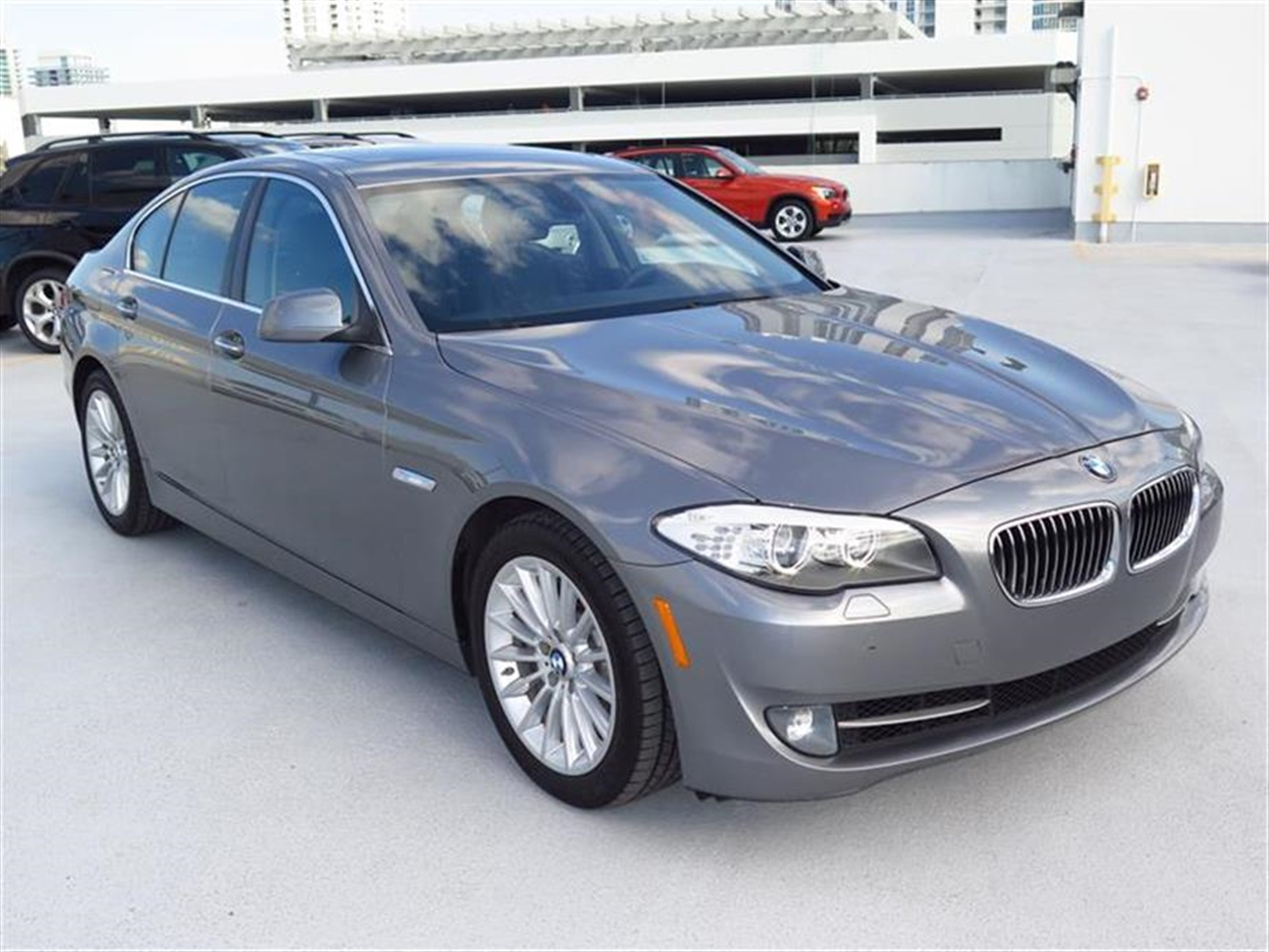2012 BMW 5 SERIES 4dr Sdn 535i RWD 11658 miles 10-way power-adjustable front bucket seats -inc 4