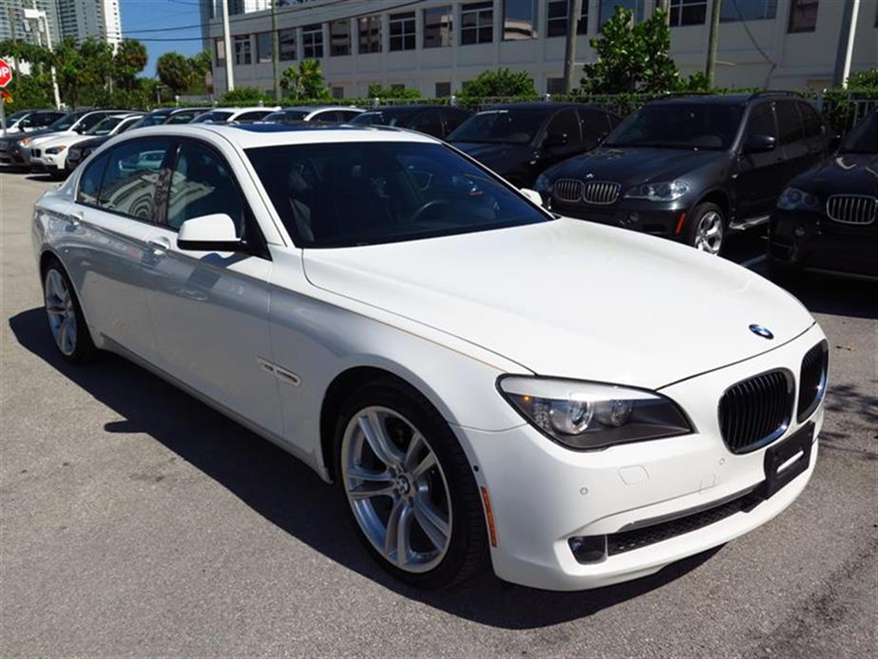 2012 BMW 7 SERIES 4dr Sdn 750Li xDrive AWD 16091 miles 4-zone automatic climate control -inc dra