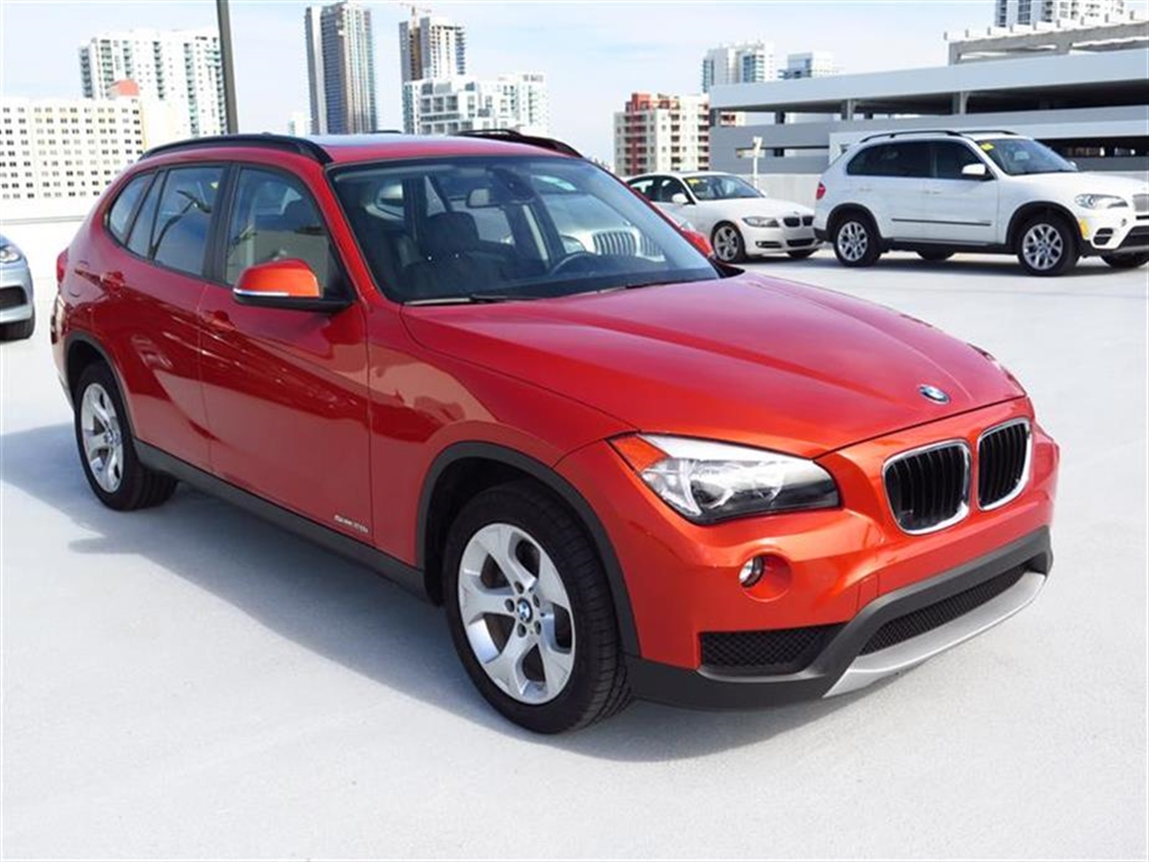 2014 BMW X1 RWD 4dr sDrive28i 6637 miles 2 Seatback Storage Pockets 3 12V DC Power Outlets LEATH