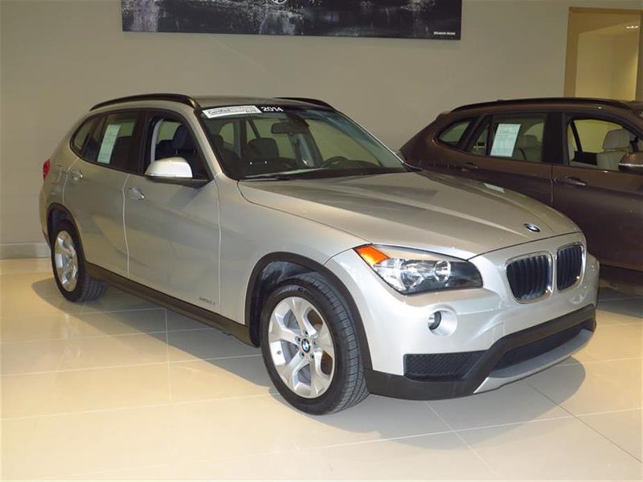 2014 BMW X1 RWD 4dr sDrive28i 9876 miles 2 Seatback Storage Pockets 3 12V DC Power Outlets LEATH