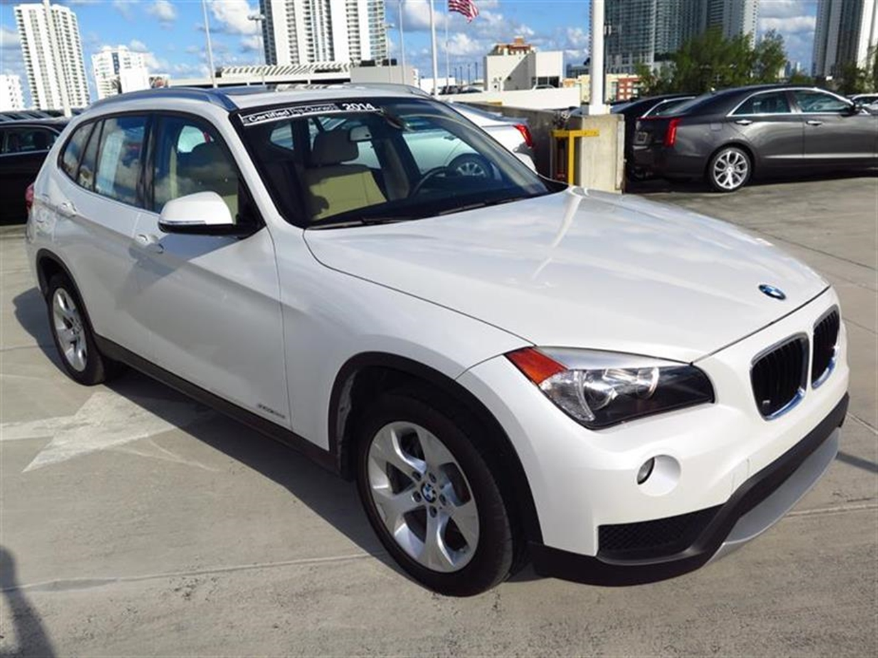2014 BMW X1 RWD 4dr sDrive28i 10505 miles VIN WBAVM1C57EVW48806