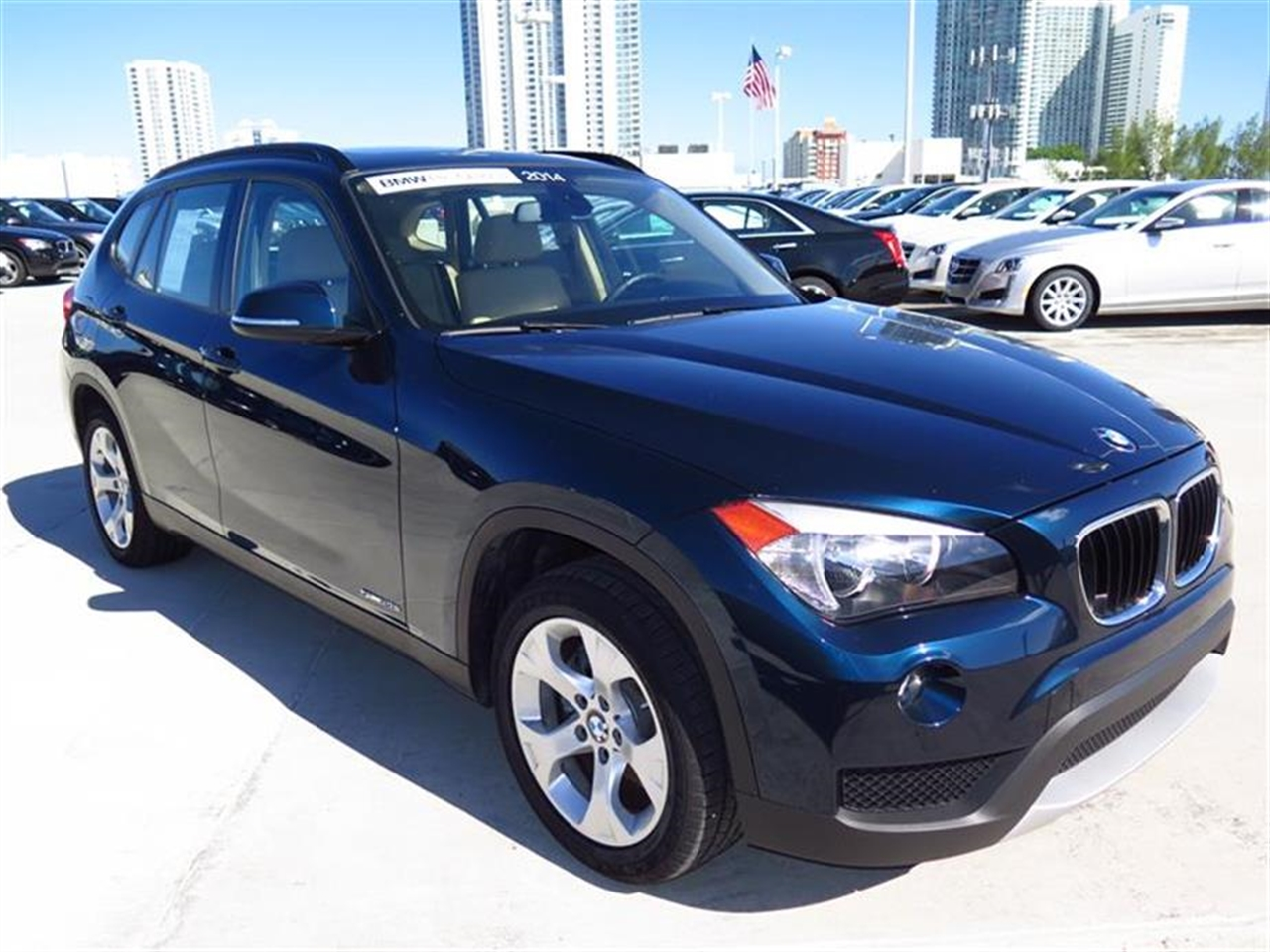 2014 BMW X1 RWD 4dr sDrive28i 9081 miles 2 Seatback Storage Pockets 3 12V DC Power Outlets LEATH