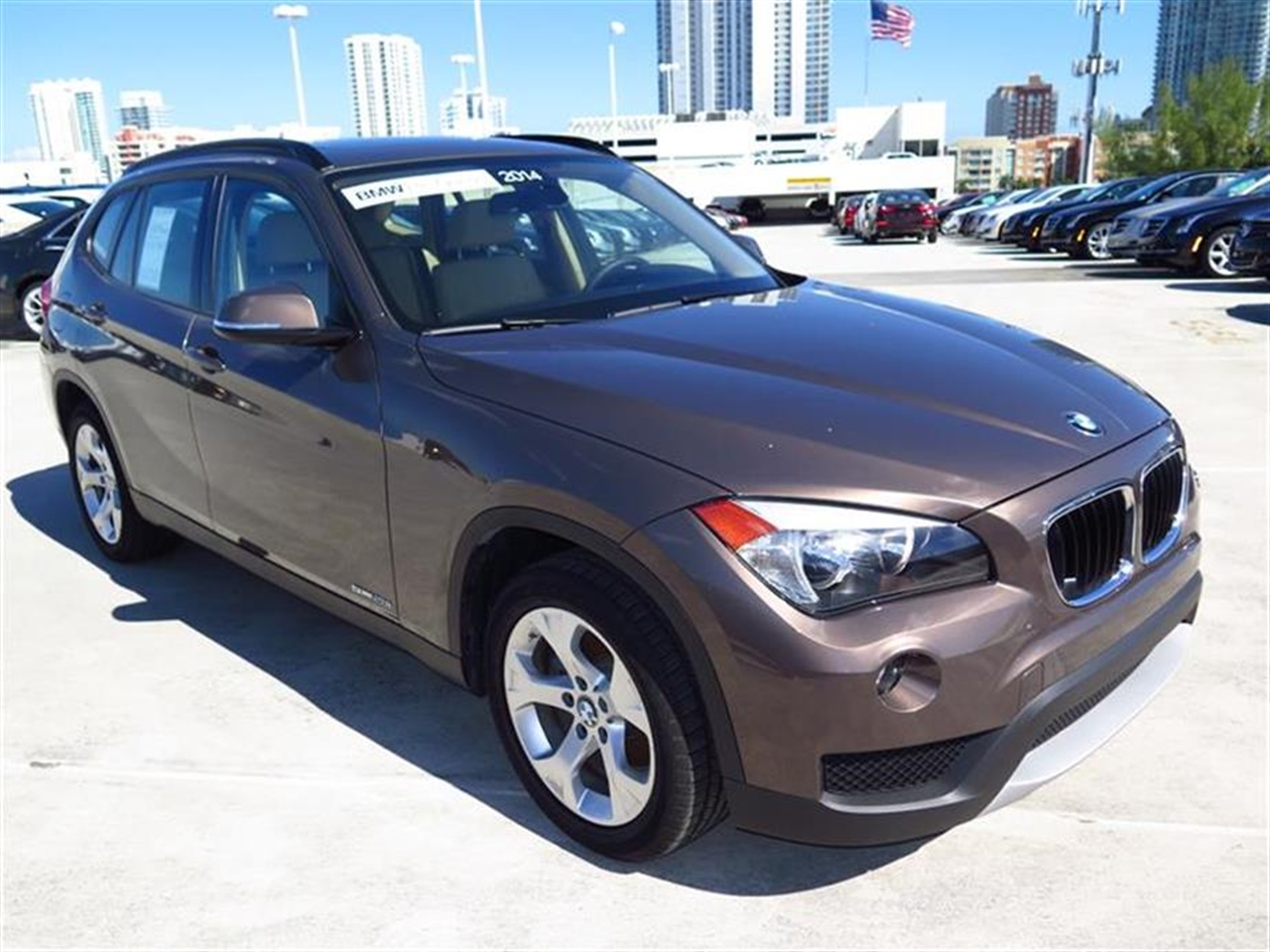 2014 BMW X1 RWD 4dr sDrive28i 9342 miles 2 Seatback Storage Pockets 3 12V DC Power Outlets LEAT