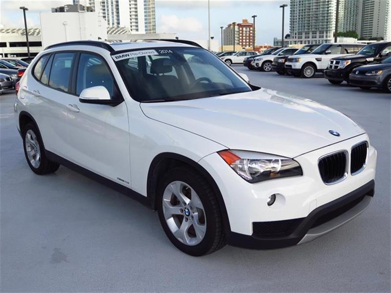 2014 BMW X1 RWD 4dr sDrive28i 6081 miles VIN WBAVM1C58EVW50032