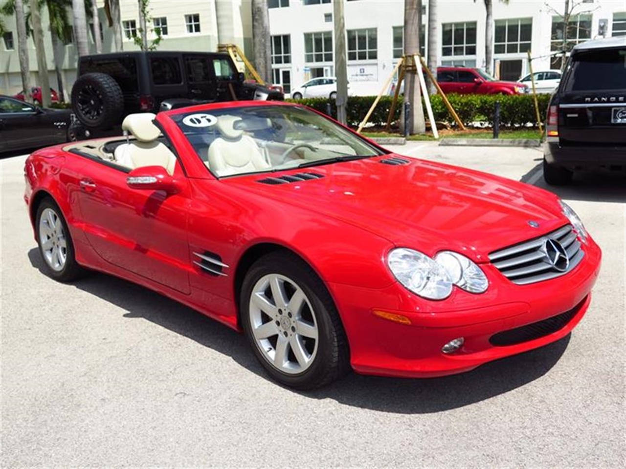 2003 Mercedes SL-CLASS 2dr Roadster 50L 24617 miles 12-way pwrheated front bucket seats w3-pos
