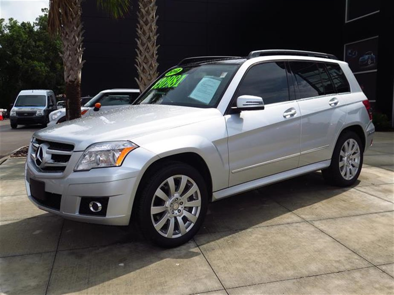 2012 Mercedes GLK-CLASS RWD 4dr GLK350 43721 miles 8-way pwr front bucket seats wactive head rest