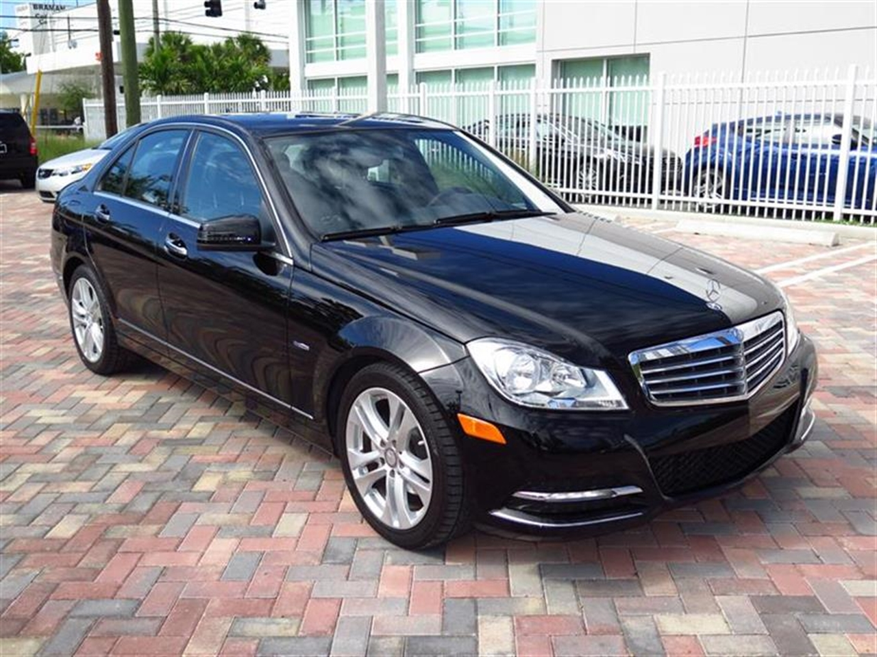 2012 Mercedes C250 4dr Sdn C250 Sport RWD 63967 miles 58 central controller display wretractabl