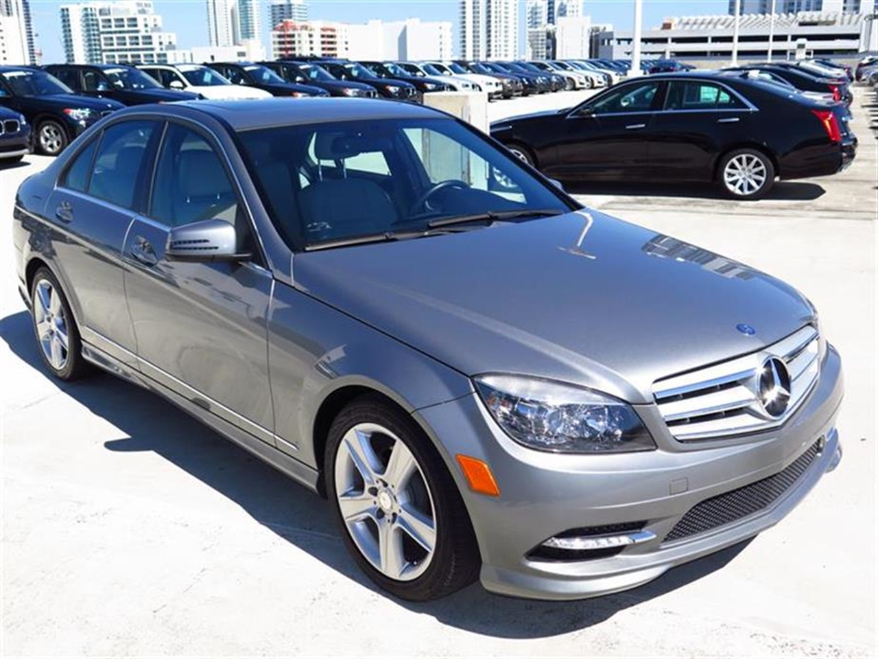 2011 Mercedes C-CLASS 4dr Sdn C300 Luxury RWD 36674 miles 4-spoke leather-wrapped sport steering w