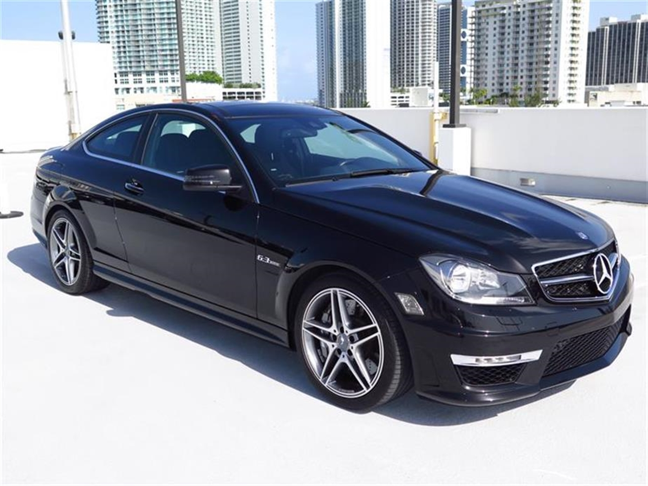 2013 Mercedes C-CLASS 2dr Cpe C63 AMG RWD 7411 miles 58 central controller display wretractable