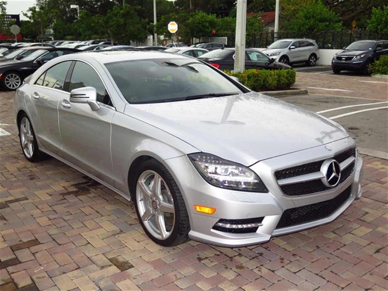 2014 Mercedes CLS-CLASS 4dr Sdn CLS550 RWD 8874 miles 2 Seatback Storage Pockets 3 12V DC Power