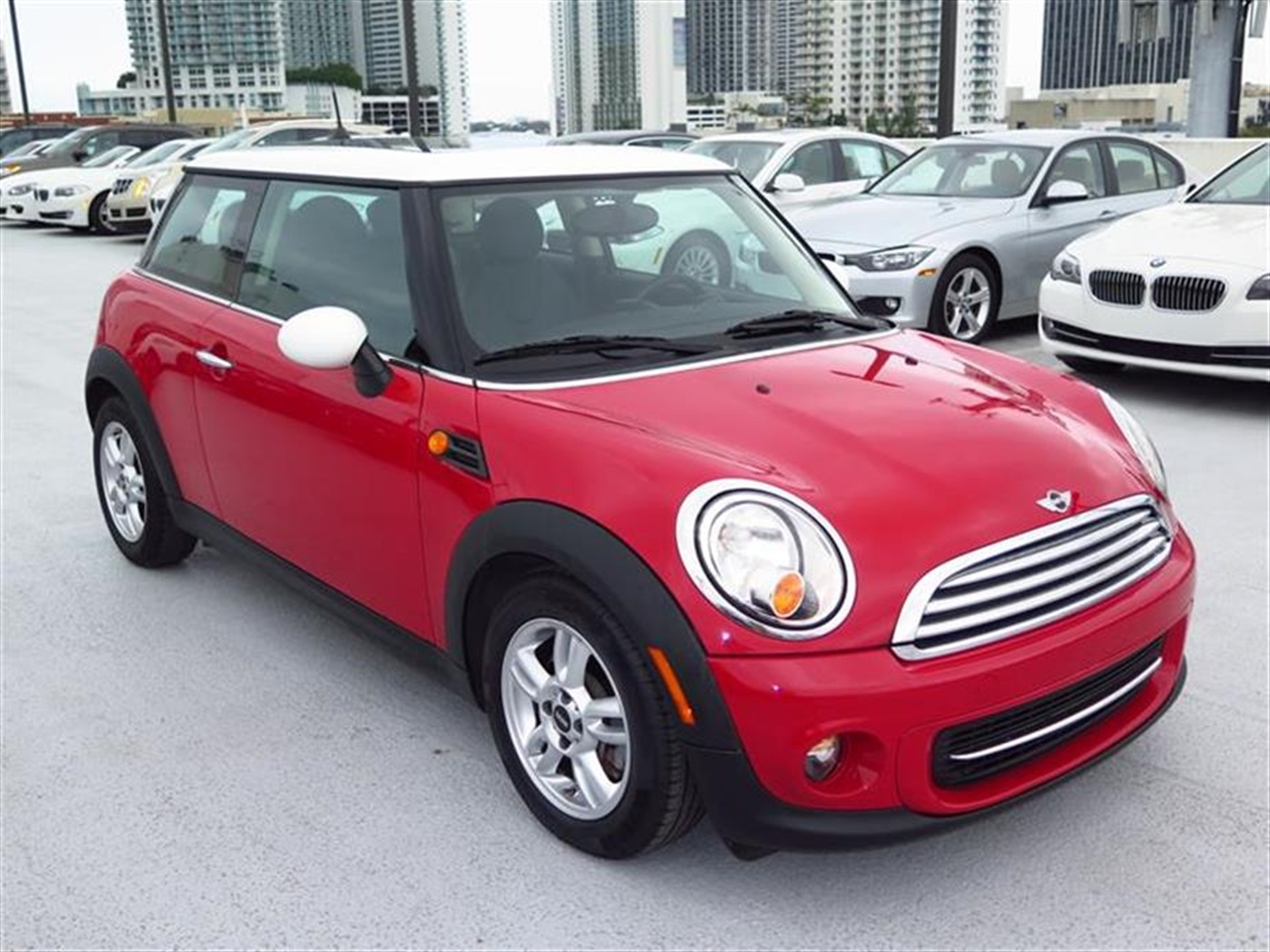 2012 MINI COOPER 2dr Cpe 11553 miles 1 rear cup holder 12V auxiliary pwr outlet in cockpit  l