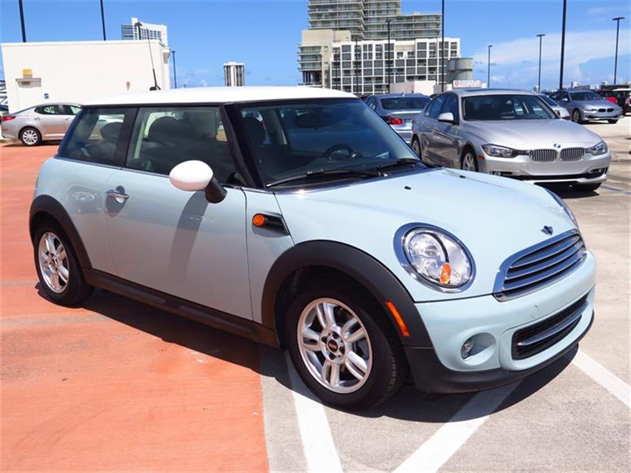 2013 MINI COOPER 2dr Cpe 13058 miles 1 rear cup holder 12V auxiliary pwr outlet in cockpit  lu