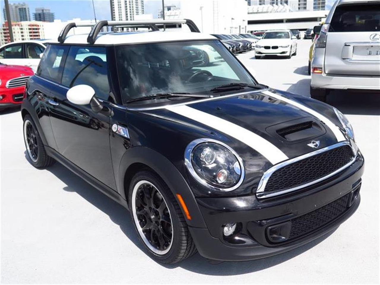 2012 MINI COOPER S 2dr Cpe S 25790 miles 1 rear cup holder 12V auxiliary pwr outlet in cockpit