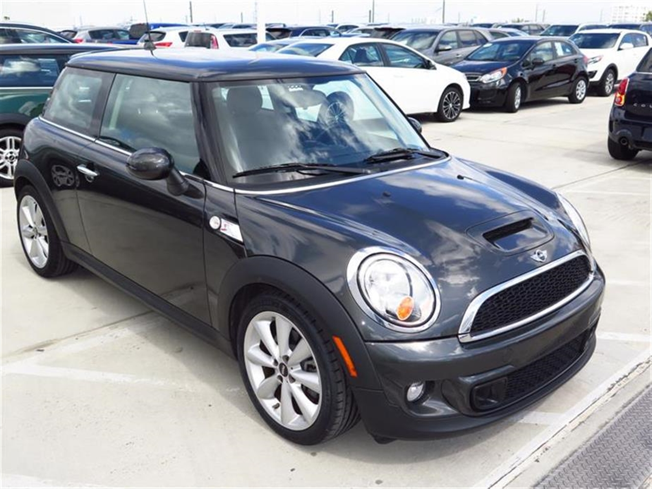 2012 MINI COOPER HARDTOP 2dr Cpe S 19141 miles 1 rear cup holder 12V auxiliary pwr outlet in c