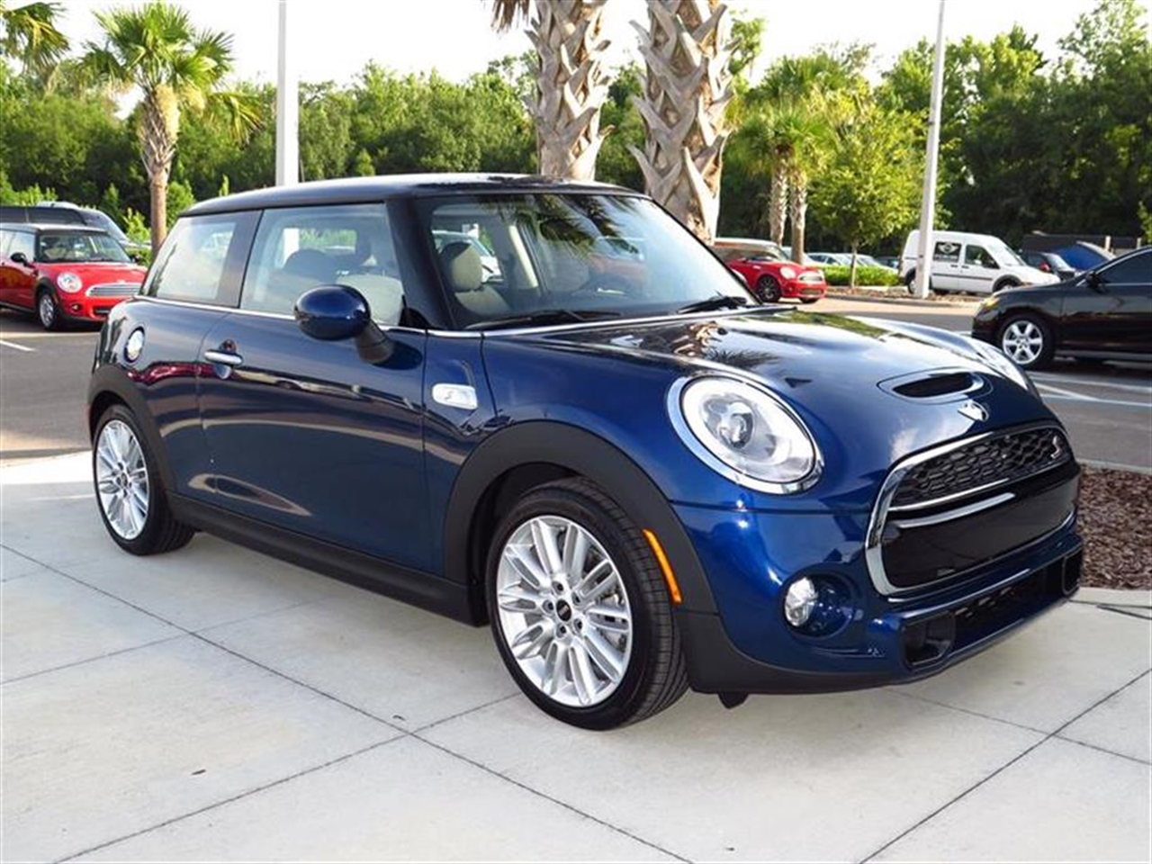 2014 MINI COOPER HARDTOP 2dr Cpe S 0 miles 1 12V DC Power Outlet 2 Seatback Storage Pockets 4 Pe
