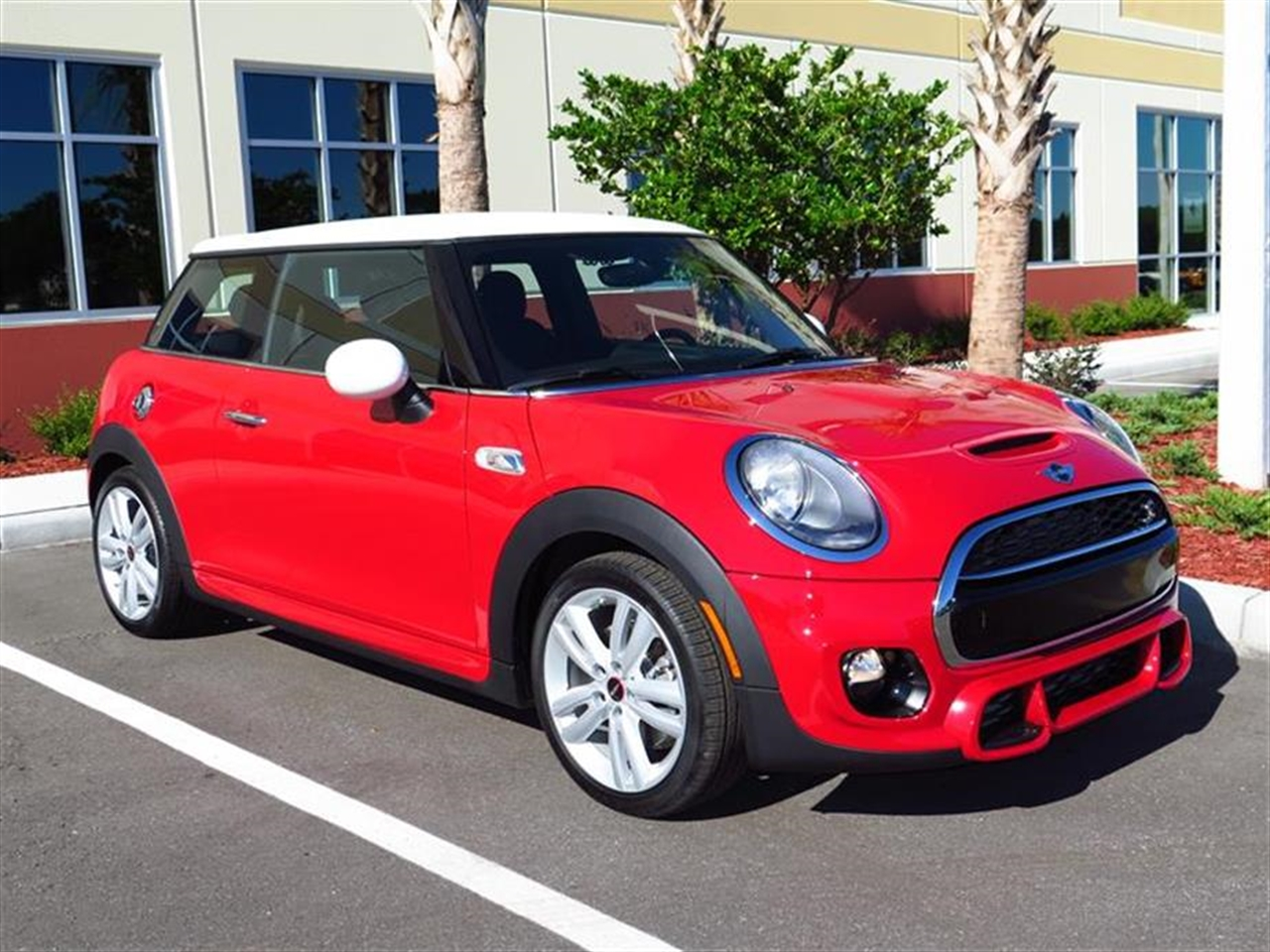2015 MINI COOPER HARDTOP 2dr Cpe S 6 miles 1 12V DC Power Outlet 2 Seatback Storage Pockets 4 Pe