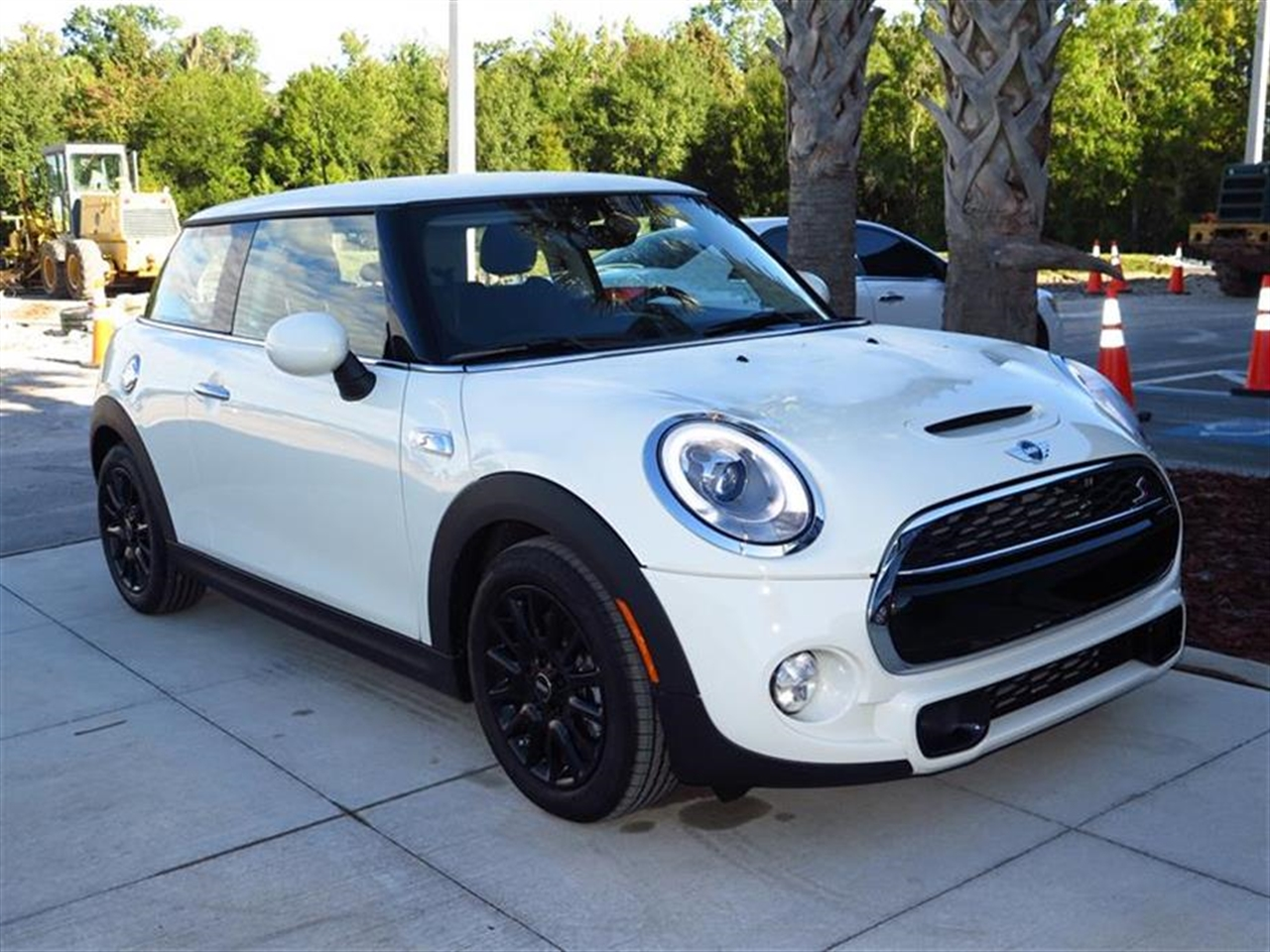2015 MINI COOPER HARDTOP 2dr Cpe S 5 miles 1 12V DC Power Outlet 2 Seatback Storage Pockets 4 Pe