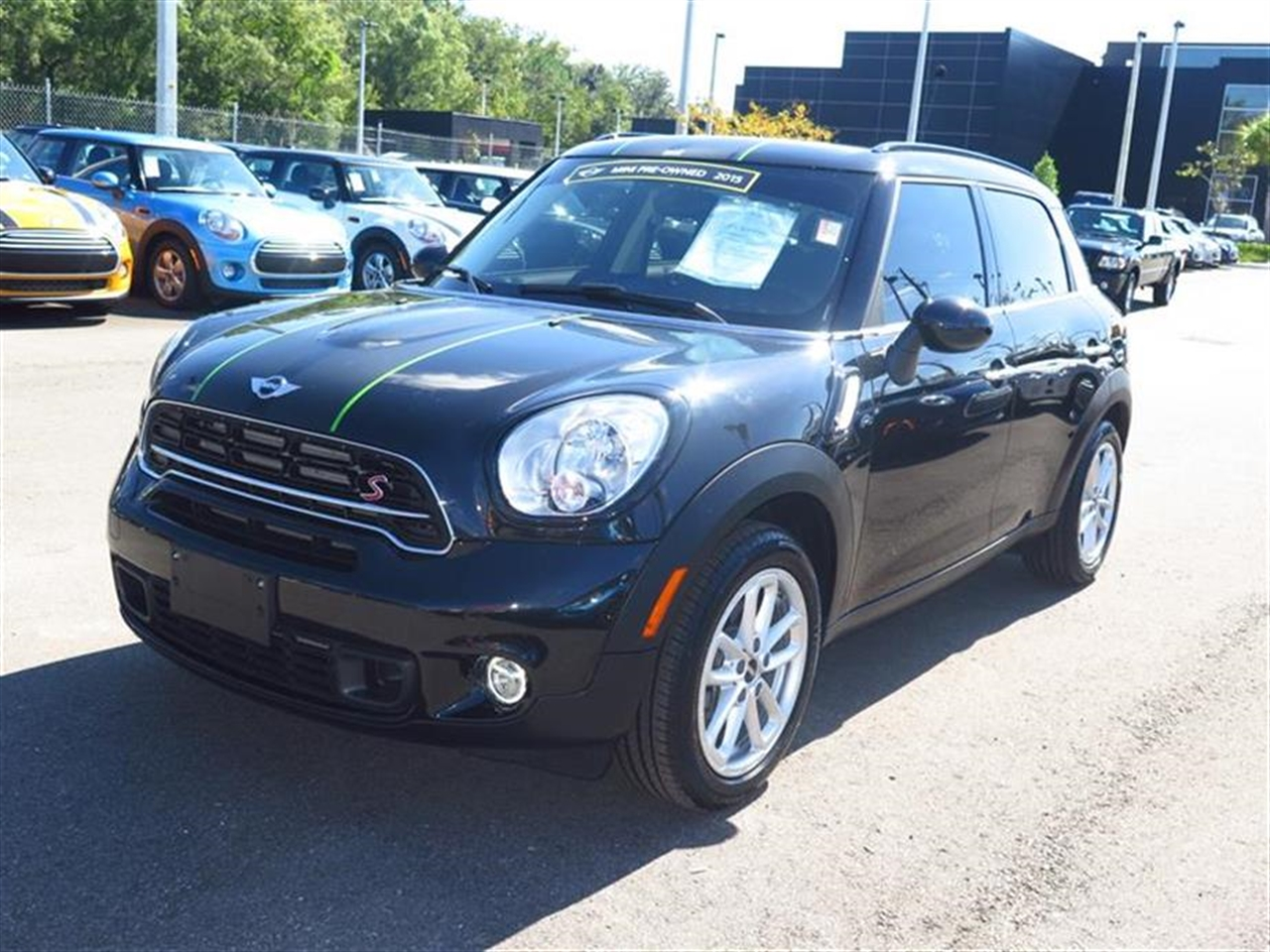 2015 MINI COOPER COUNTRYMAN FWD 4dr S 0 miles 2 Seatback Storage Pockets 3 12V DC Power Outlets