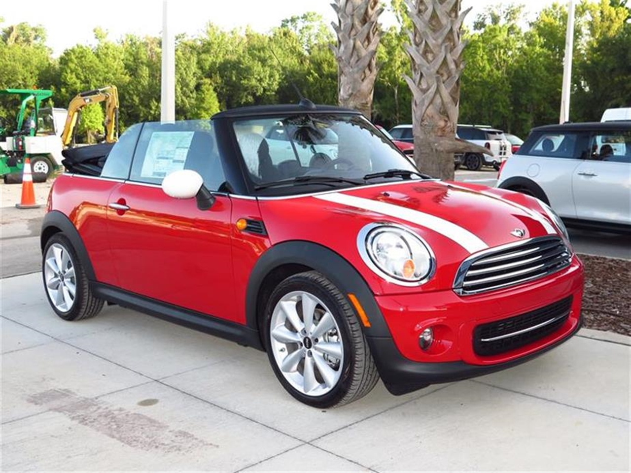 2015 MINI COOPER CONVERTIBLE 2dr 0 miles 2 12V DC Power Outlets 2 Seatback Storage Pockets 4 Per