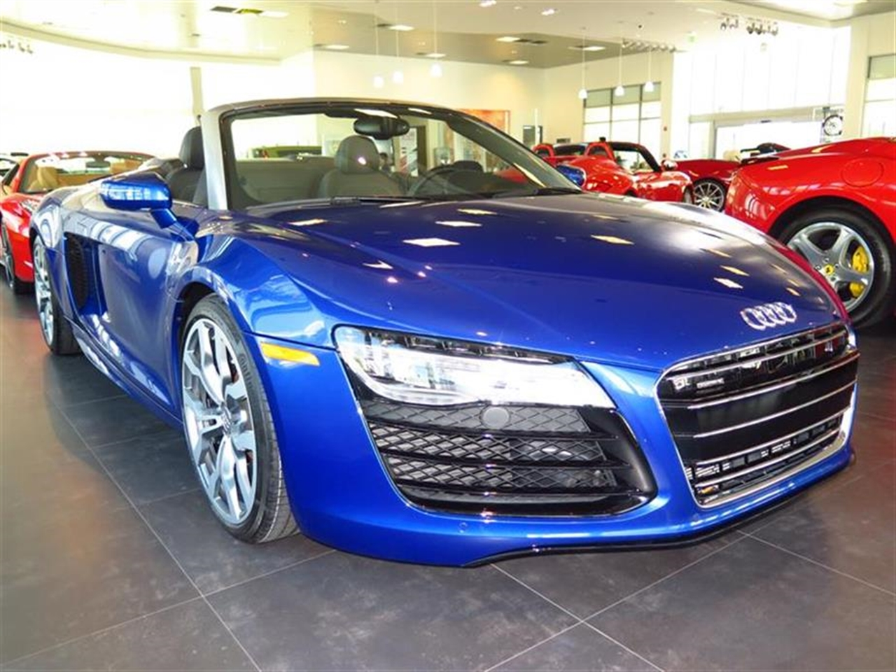 2014 AUDI R8 2dr Conv Auto quattro Spyder V10 6879 miles 2 12V DC Power Outlets 2 Person Seating