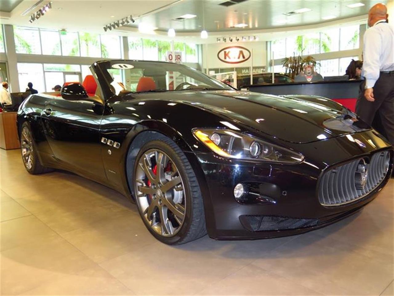 2011 MASERATI GRANTURISMO CONVERTIBLE 2dr Conv GranTurismo 8861 miles 3-spoke black leather sports