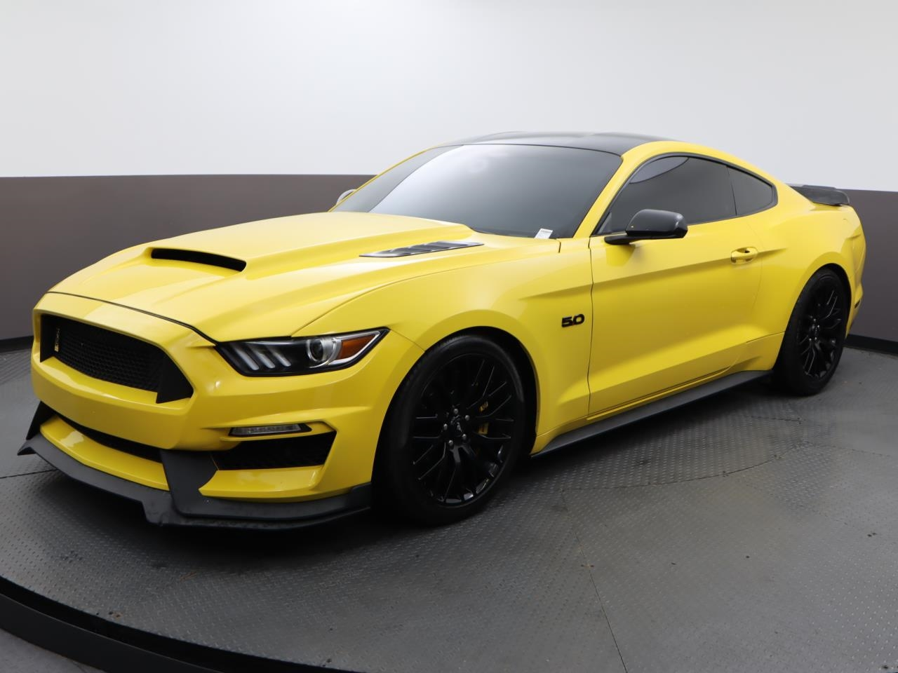 Used FORD MUSTANG 2017 MIAMI GT