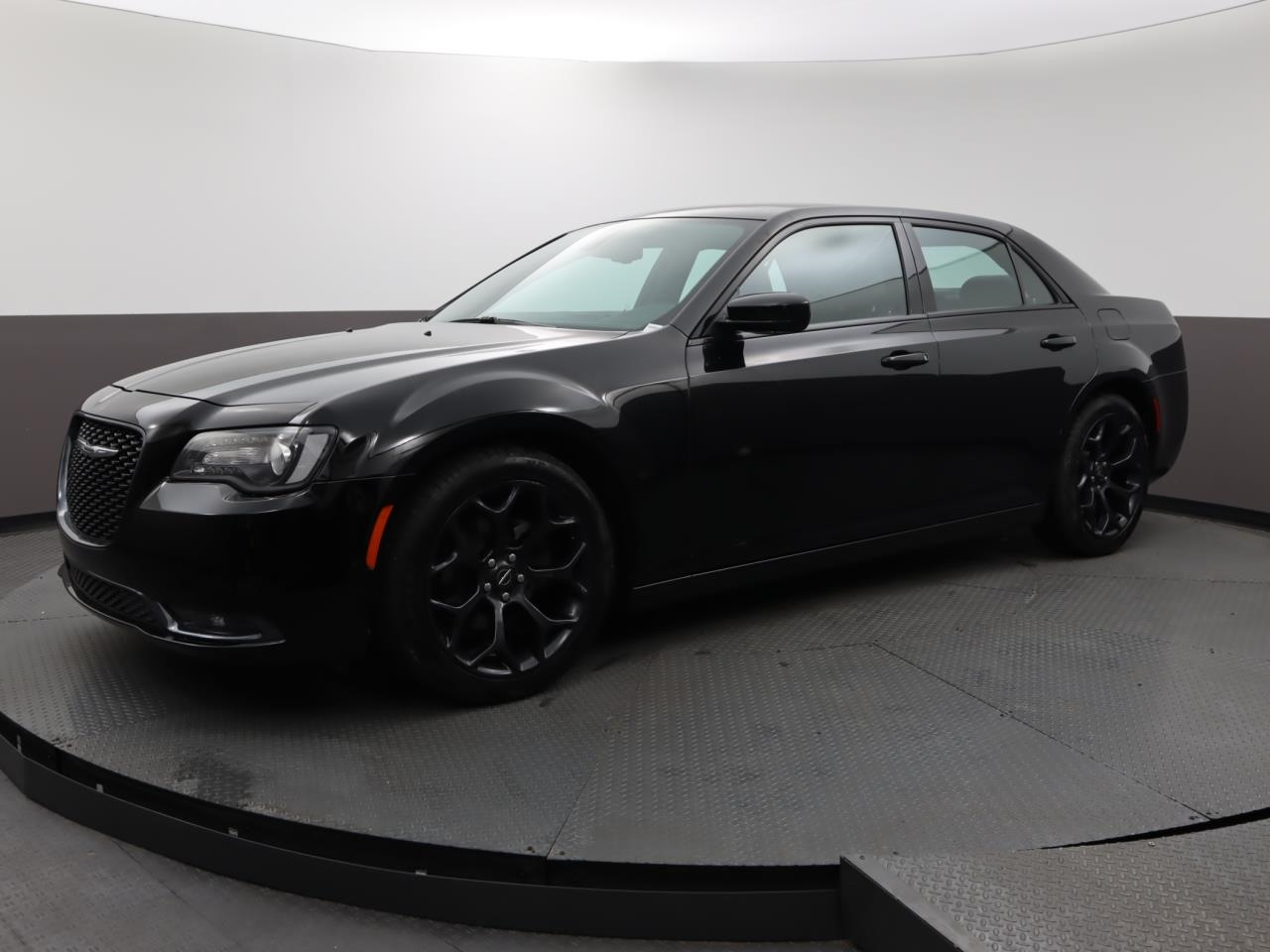 Used CHRYSLER 300 2019 MARGATE 300S